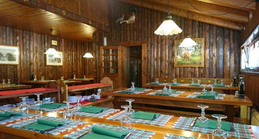 sala da pranzo rifugio campomulo